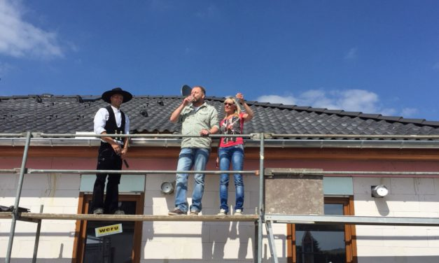 Richtfest eines Bungalow 110 in Oederan